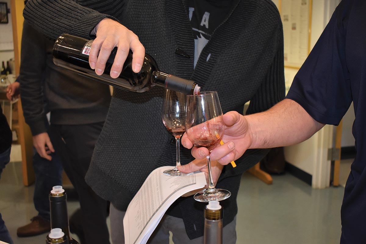 Worldwide Wines Hosts Annual Winter Closeout Tasting