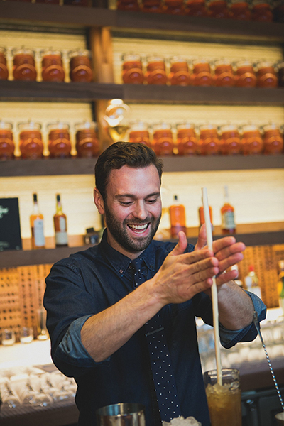 USBG Names 2015 National Bartender of the Year
