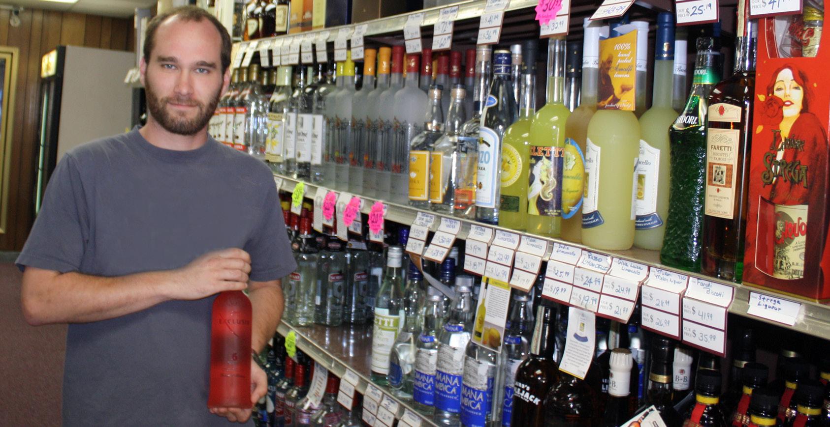 AROUND TOWN: Discount Wine & Spirits Shows Off Exclusiv Rosé