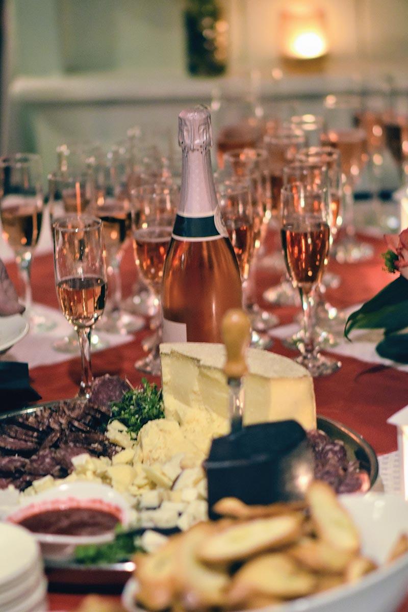 Slocum & Sons Hosts Shoreline Wine Dinner