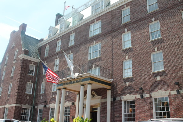 Local Chatter: Newport's Storied Hotel Viking Turns 90