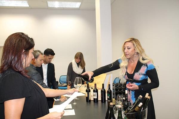 Murphy Distributors Hosts Tasting of Frank Family Vineyards