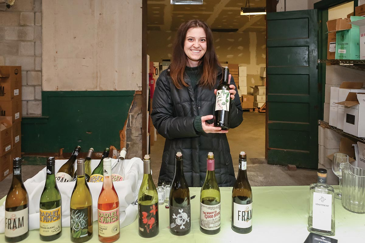 Wine Wizards Welcomes Trade for Warehouse Event