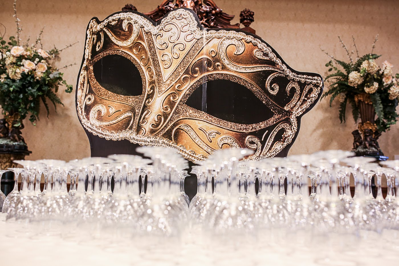 Brescome Barton Hosts Fall Masquerade Trade Show