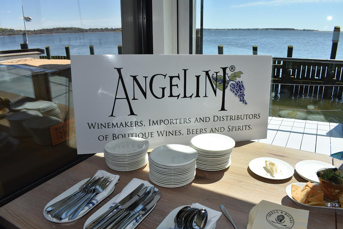 Angelini Wine Hosts Trade Tasting for Accounts