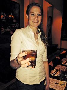 Bartender Catherine Larkin & the Barcelona Whisky Root