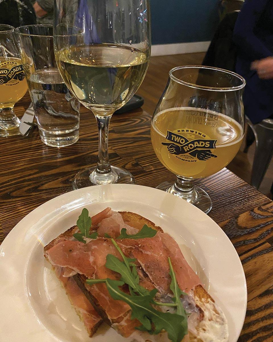 Marlborough Tavern Hosts Beer v. Wine Pairing Dinner