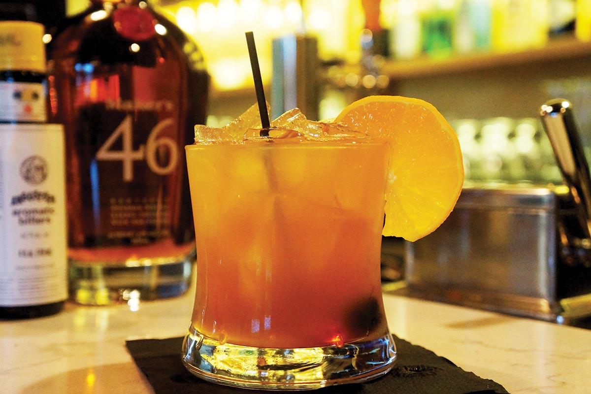 Serving Up: The Gentleman Cigar & Cocktail Lounge