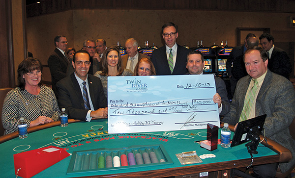 HOLIDAY CHARITY BLACKJACK TOURNAMENT HELPS COMMUNITY