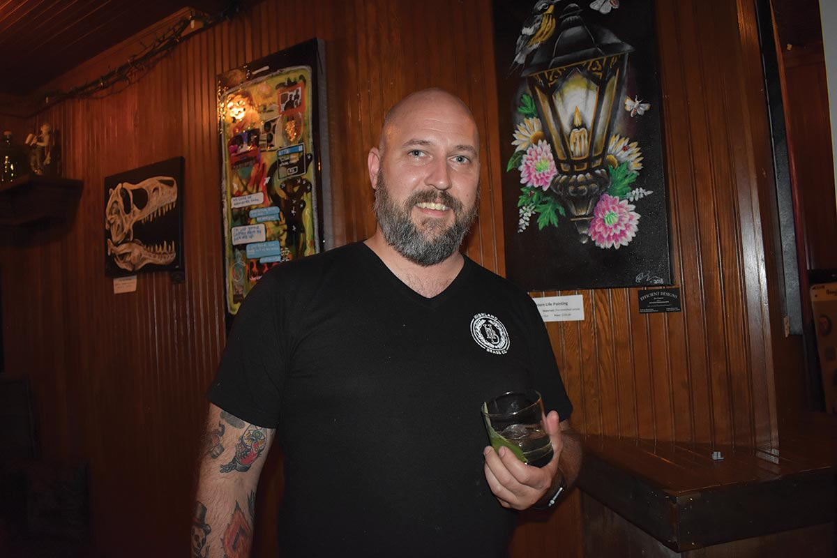USBG New Haven Chapter Member Wins Trip to Tales