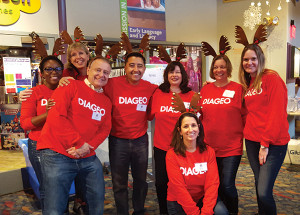 More than 100 Diageo employees hosted a holiday party for hundreds of local children.