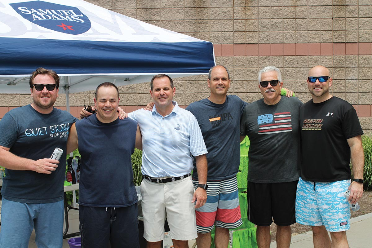 Horizon Beverage Team Raises Funds for Adoption Rhode Island