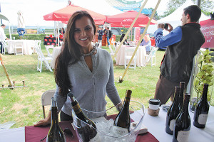 Marlene Torres of Constellation Brands pouring samples of Meiomi Wines.