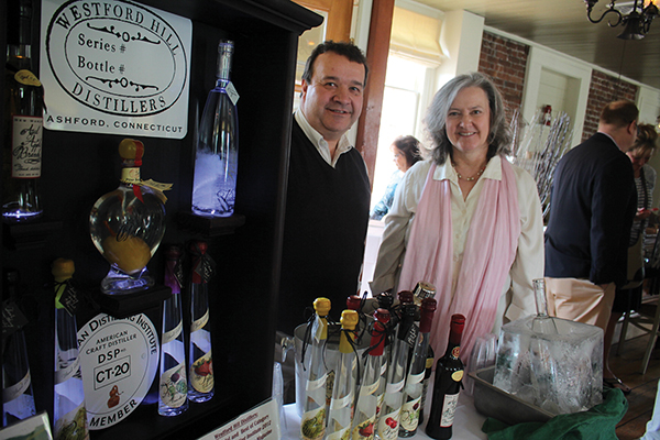 Slocum & Sons Tasting Showcases Local and National Flavors