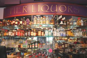 Pier Liquors