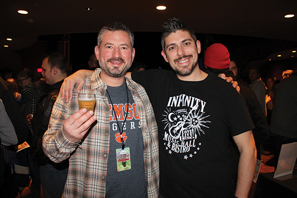 Infinity Music Hall Hosts Extreme Pint Brewfest