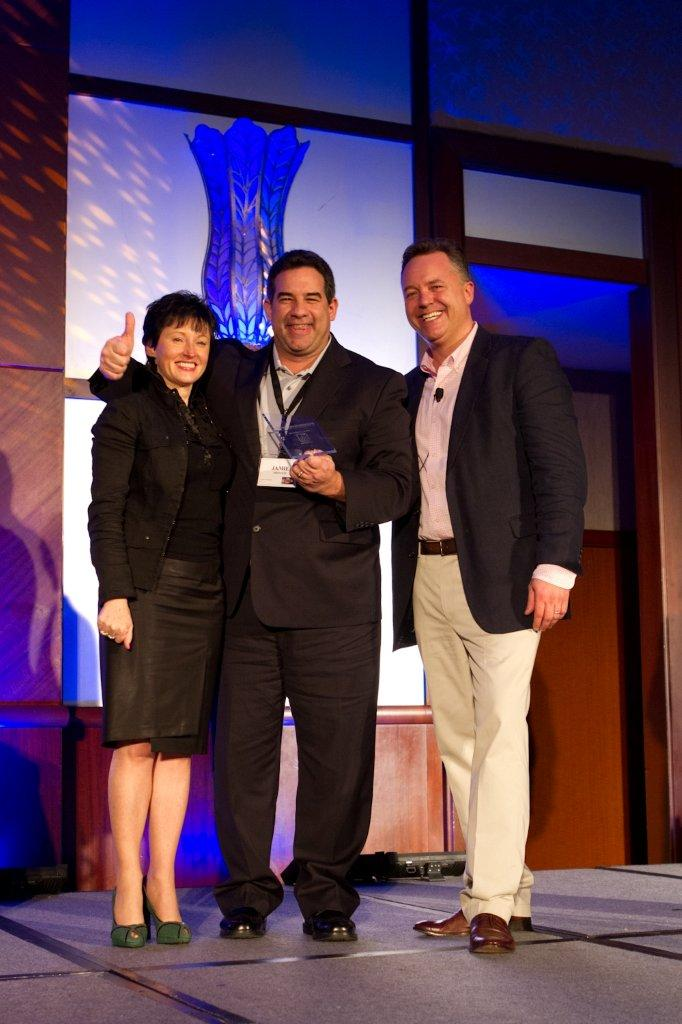Montesi Wins National Sales Award for Local Work