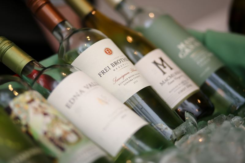 Johnson Brothers of Rhode Island Offers Two Spring Wine Shows