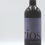 Issac Fernandez Selección Rios de Tinta 2014, from Ribera del Duero D.O. region and is produced with 100% Tint del Pais grapes (Tempranillo). The grapes vines are between 15-20 years-old.