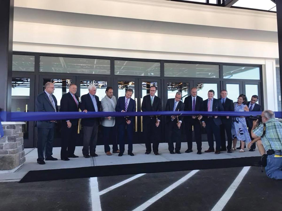 Tiverton Casino Hotel Opens for Business