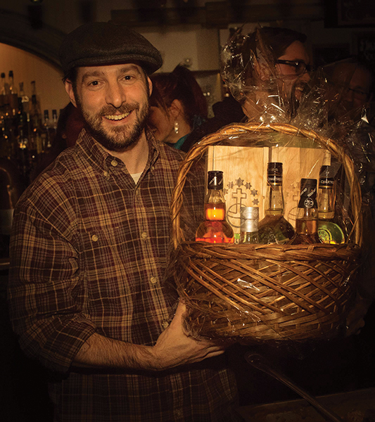 LANTZ TAKES EDINBURGH GIN HOLIDAY COCKTAIL COMPETITION