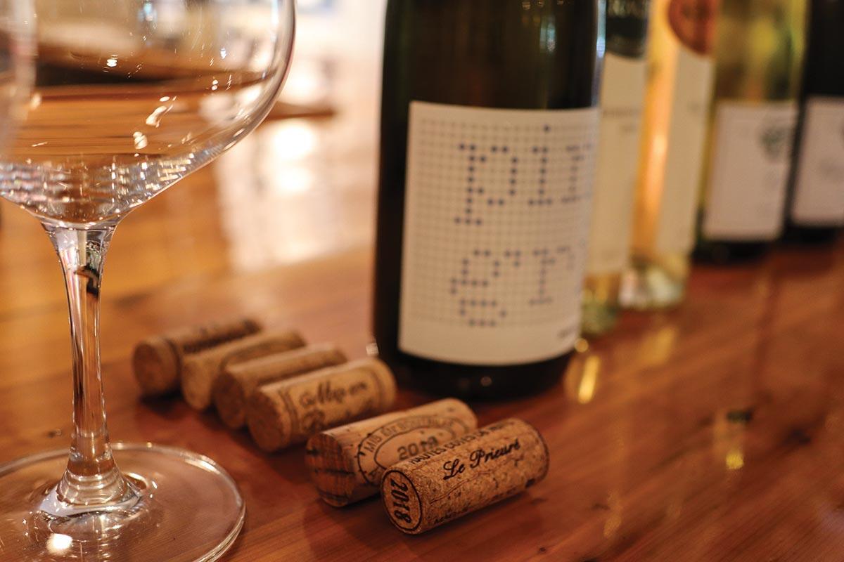 Worldwide Wines Hosts Burgundy Wine Tasting