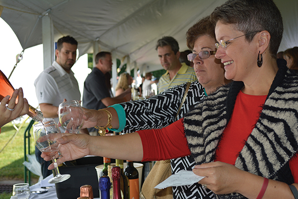 Worldwide Wines Fall Wine Extravaganza Hosts Hundreds