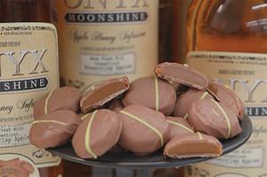 Munson's chocolate Apple Honey Caramels made with Onyx Moonshine Apple Honey Infusion.