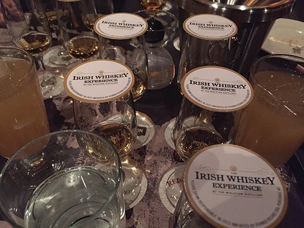 The Irish Whiskey Experience tasting mat featuring Midleton Single Pot Still Whiskey.