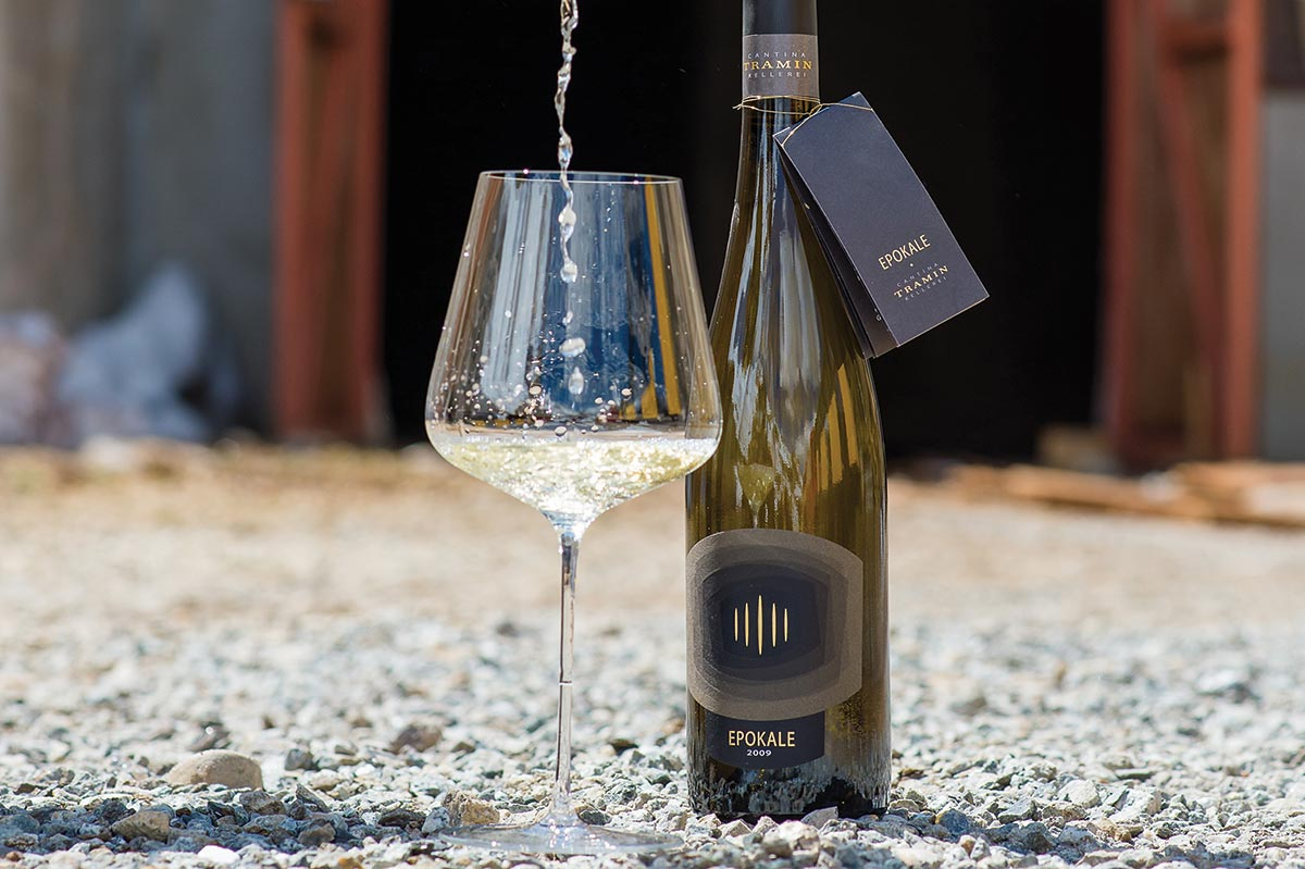 Italian White Wine Awarded 100 Points in an Industry First