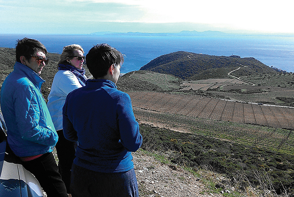 Winebow's Simpson Visits Spanish Winery
