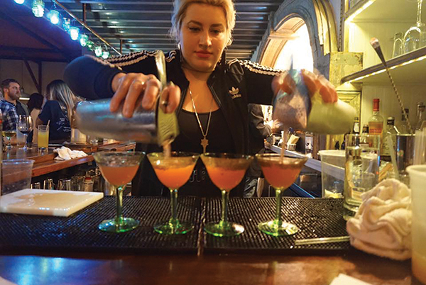 USBG RI Hosts Annual Friendsgiving Cocktail Competition
