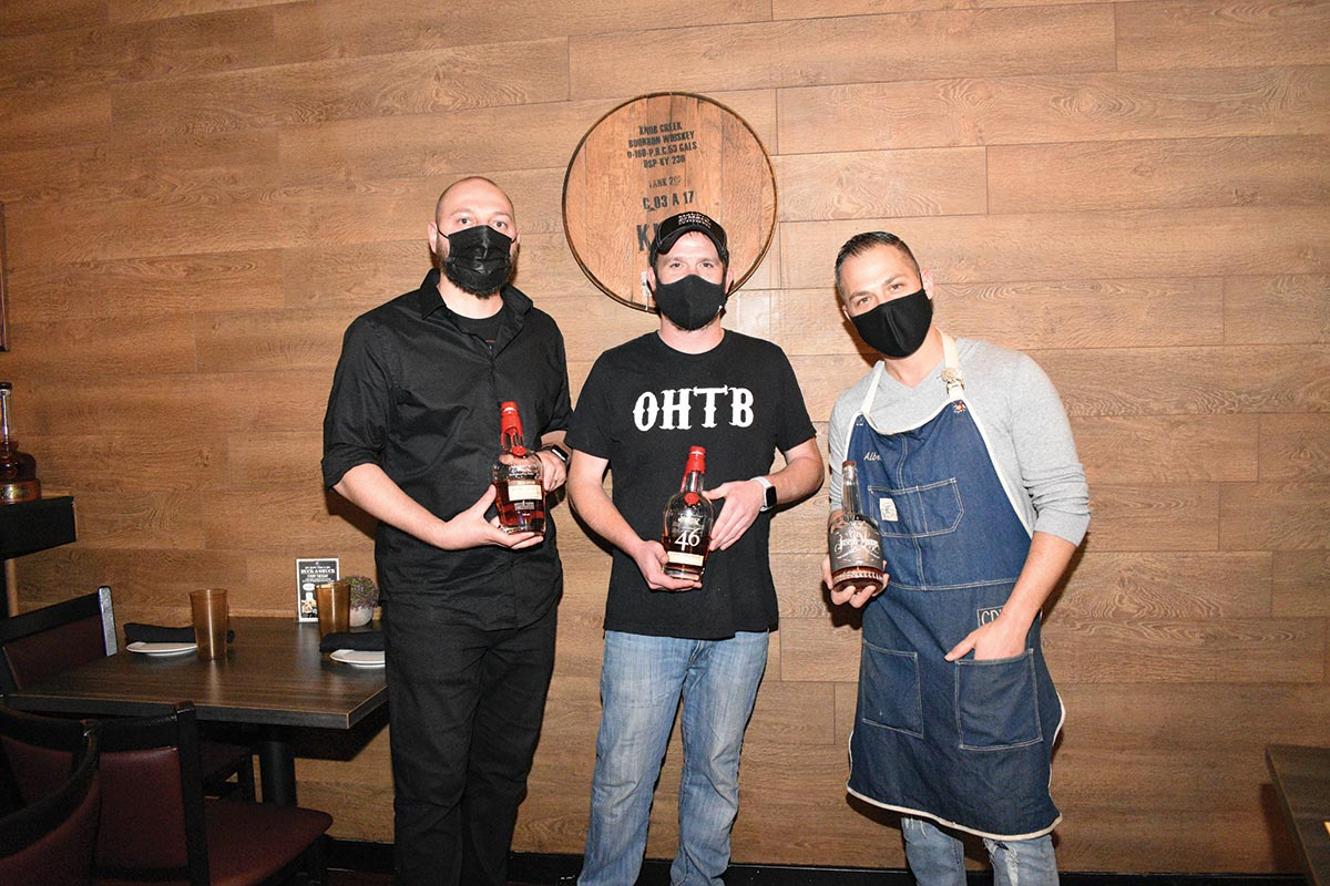 Oak Haven Hosts Fall Bourbon Dinner